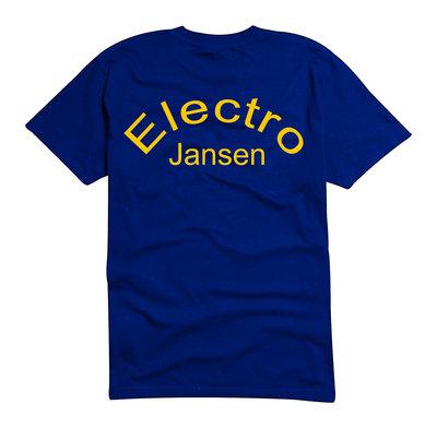T-shirt gekleurd
